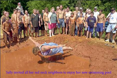 Redneck swimming pool - Funny Pictures and Images