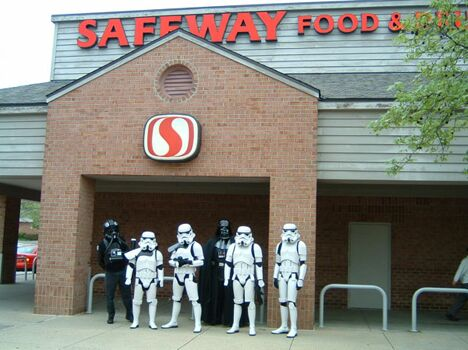 Star Wars Safeway - Funny Pictures and Images