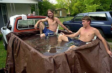 Homemade pool - Funny Pictures and Images