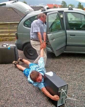 Addicted To Computers? - Funny Pictures and Images